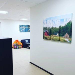 Модульные картины в офисе